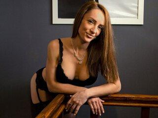 EvelynNiabi shows sex