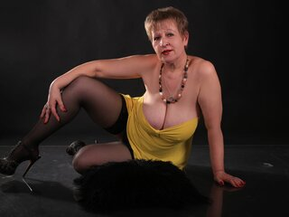MatureFlirt naked livejasmin